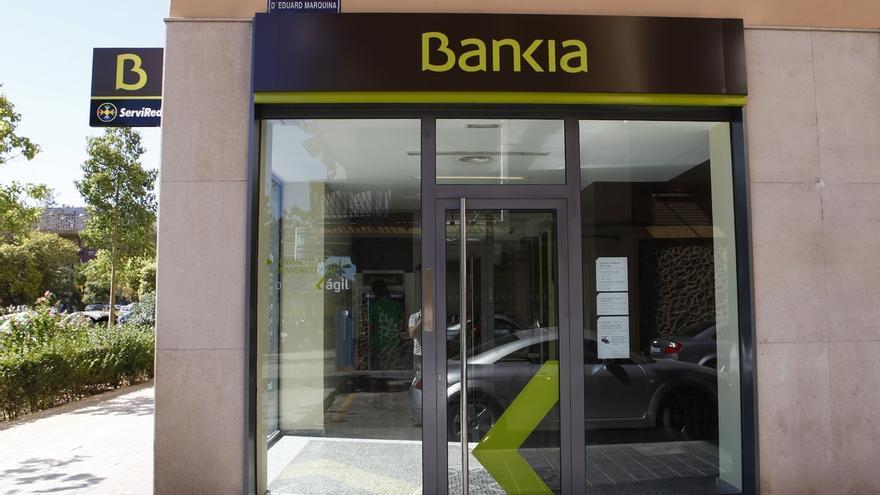 Bankia supera los 9.200 empleados certificados para ofrecer asesoramiento financiero a clientes