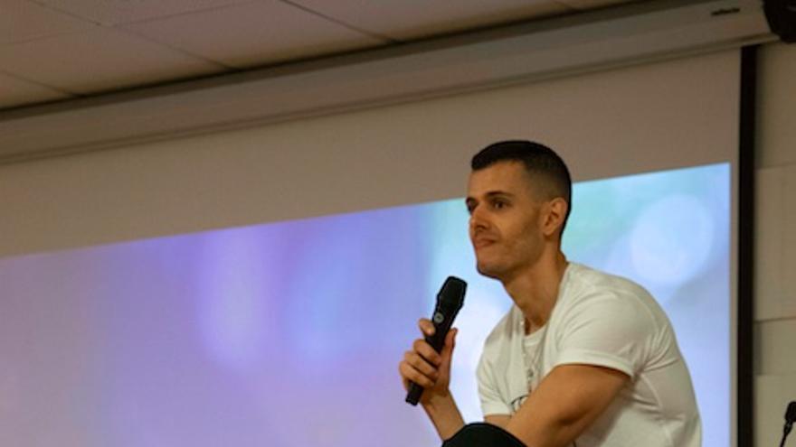 Andrés Acosta durante la master class.