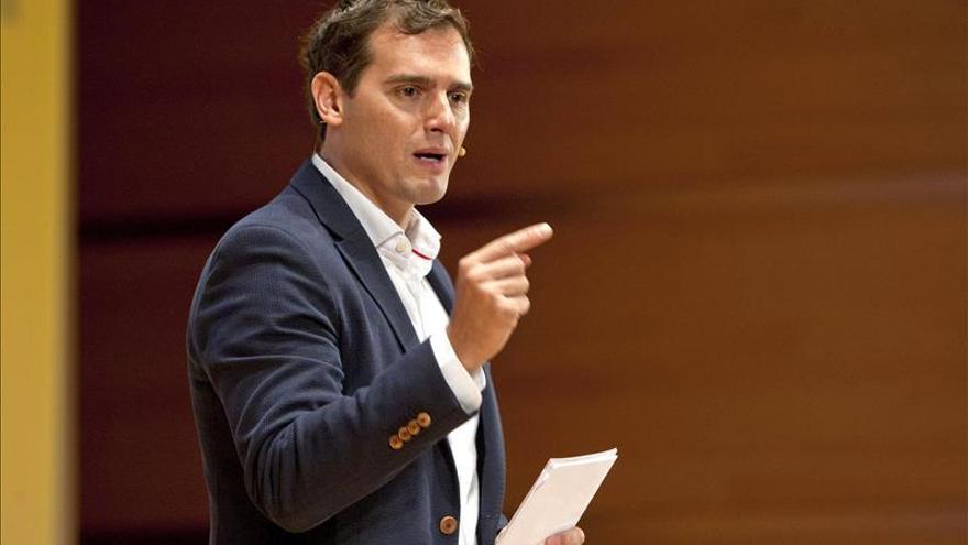Albert Rivera apoya el rápido recurso del Gobierno a la resolución independentista