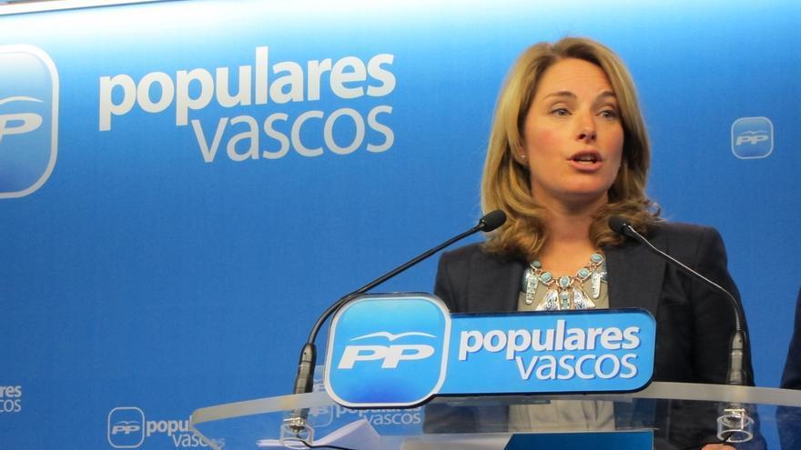 """Quiroga avisa de que el PNV """"seguirá la estela de Cataluña"""" en 2016 con Bildu y hará elegir entre ser """"vasco o español"""""""