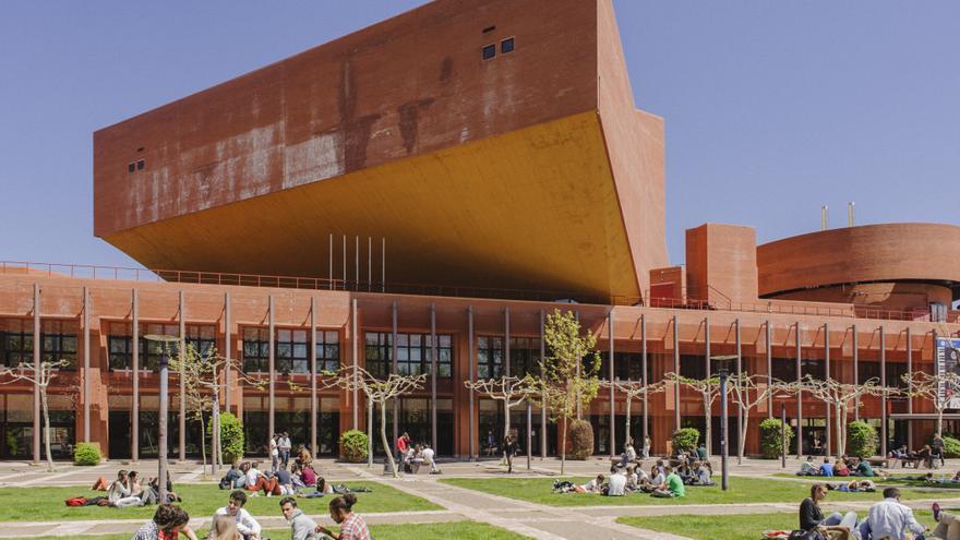 La Universidad Carlos III de Madrid.
