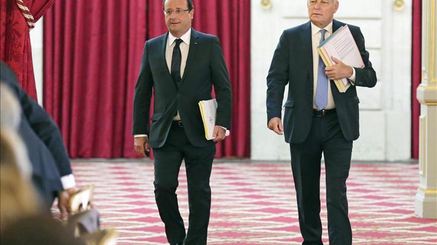 """El Gobierno francés apuesta por cambios """"profundos"""" en Francia para 2025"""