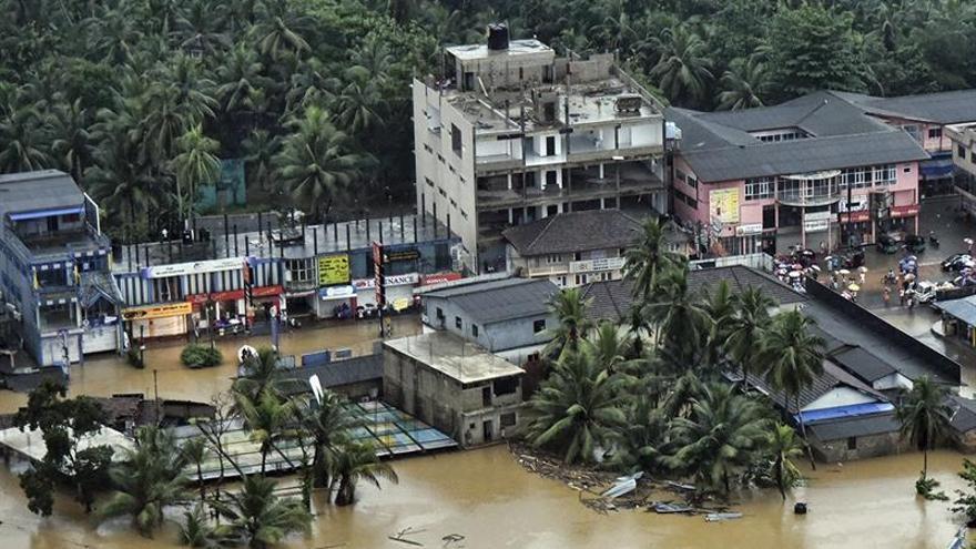 Al menos cien muertos por las lluvias en Sri Lanka
