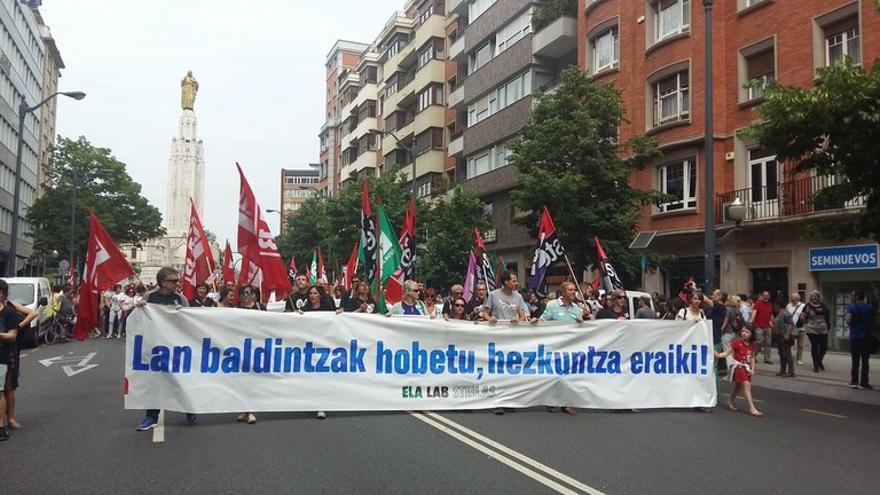 Manifestación de STEILAS, ELA y LAB en Bilbao
