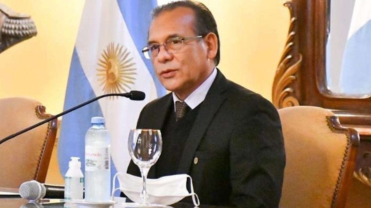 Denuncian en la Justicia al ministro de Salud de Corrientes por el transporte irregular de vacunas Sputnik V