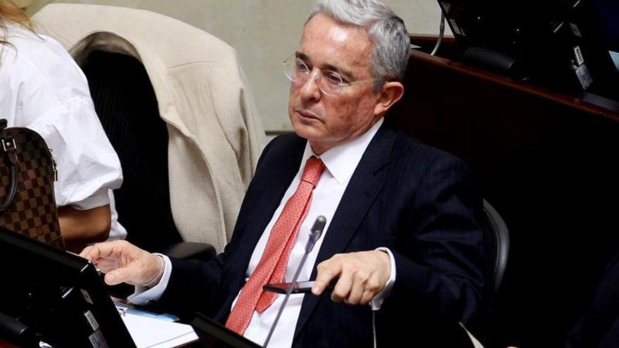 Uribe niega haber dicho que el presidente Santos compró el Nobel de Paz