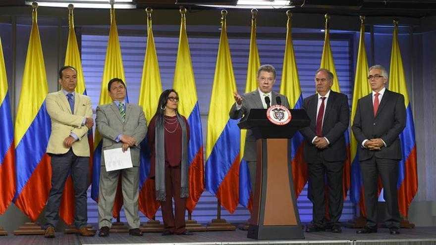 """Justicia """"restaurativa"""" de paz de Colombia comienza con elección de 51 jueces"""
