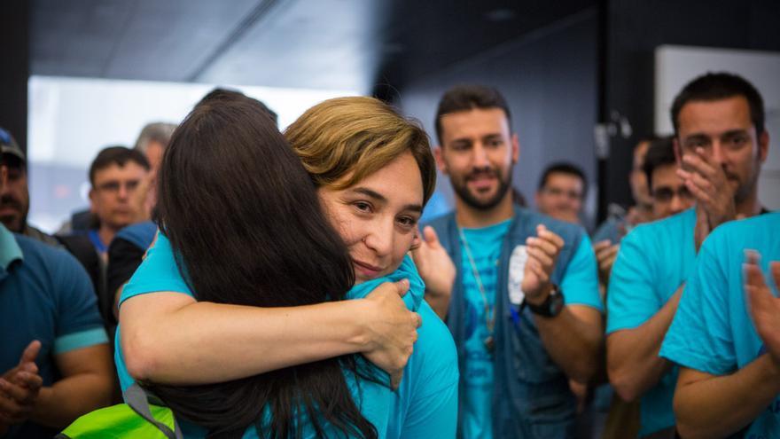 Ada Colau en la ocupación de Movistar / ENRIC CATALÀ