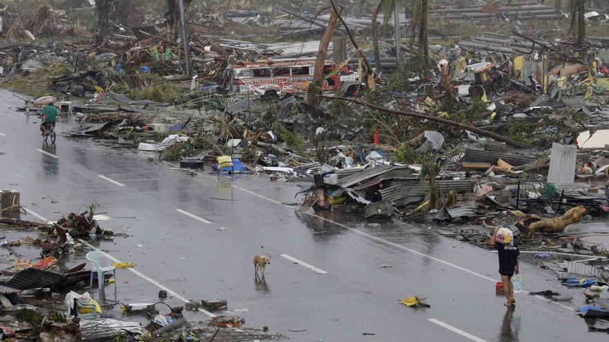 Carreteras asoladas por el tifón