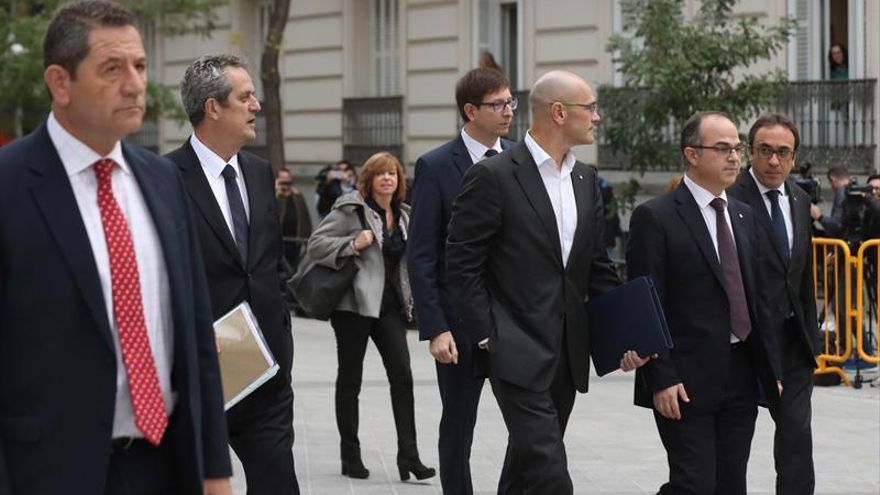 Los exconsellers del PDeCAT encarcelados dejan al abogado de Puigdemont
