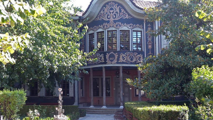 """La sede del Museo de Etnografía ocupa una de las mejores casas del """"renacimiento búlgaro"""" en Plovdiv. Em and Ernie"""