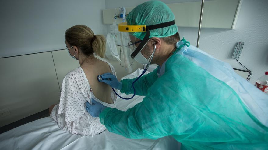 Valdecilla prosigue su desescalada en áreas de UCI y de hospitalización