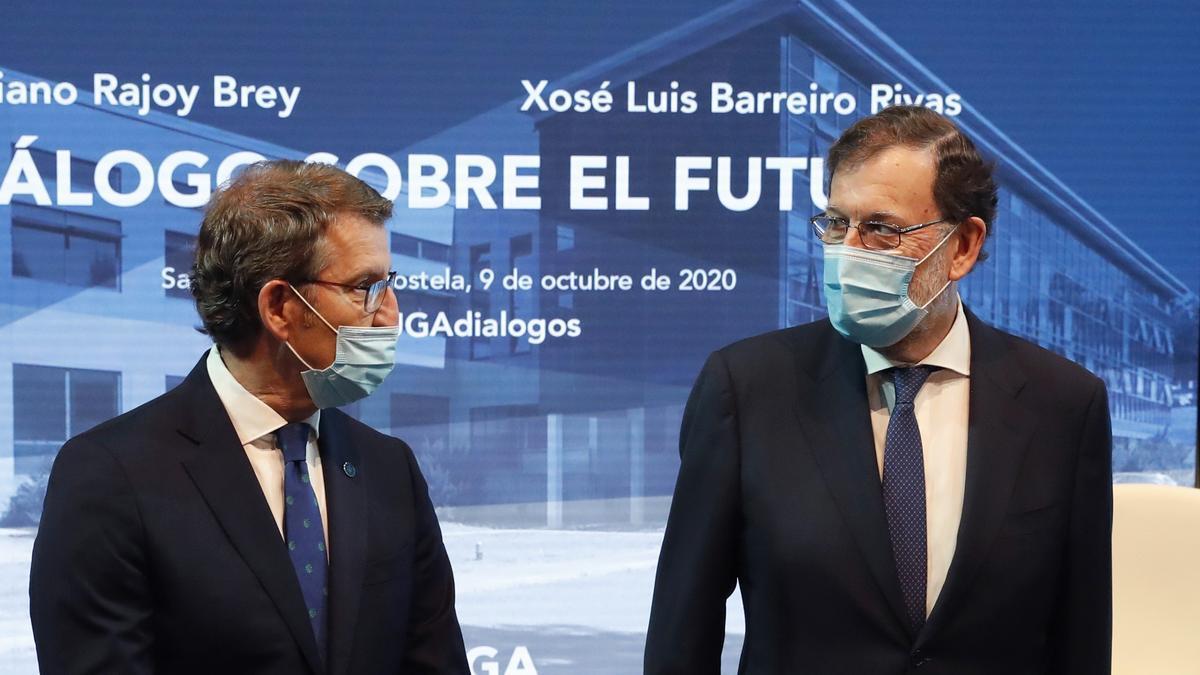 El expresidente del Gobierno Mariano Rajoy (d) y el presidente de la Xunta, Alberto Núñez Feijóo. EFE/Lavandeira jr/Archivo