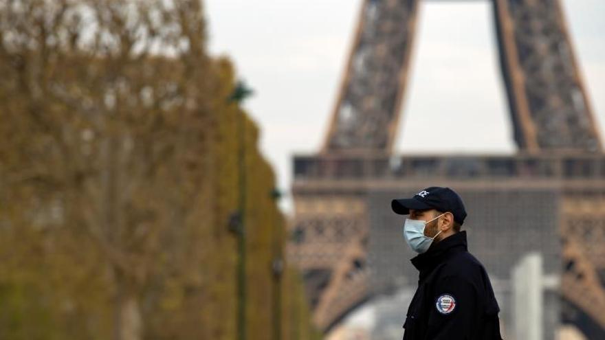 Francia supera las 10.000 muertes por coronavirus tras añadir 1.427 en un día