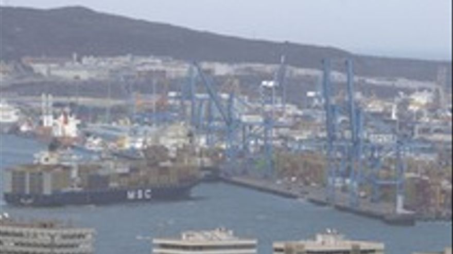 El Puerto de La Luz y Las Palmas.