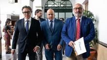 La comisión para la reconstrucción de Andalucía nace muerta: PP y Cs ceden la presidencia a Vox y la izquierda da un portazo
