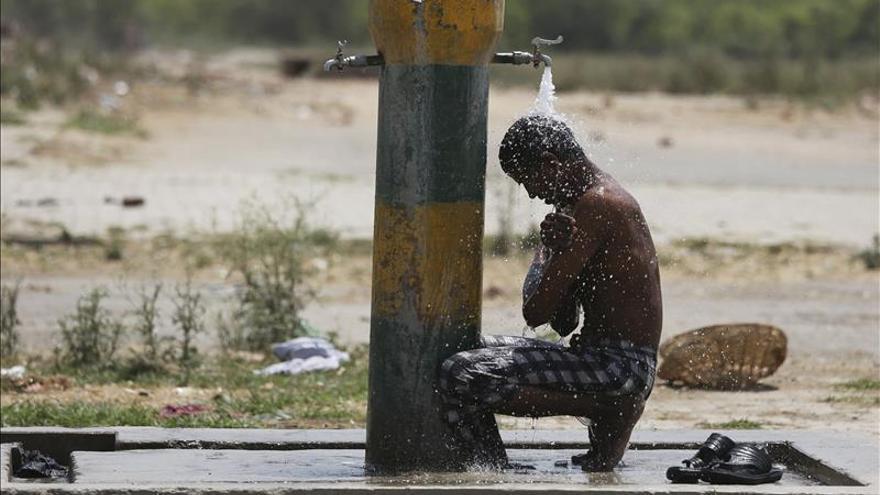 Los muertos por la ola de calor en el sureste de la India suman 766 personas