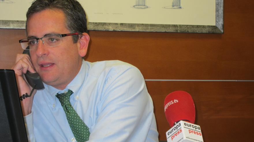 """Basagoiti cree que la """"patética"""" retirada de banderas en Comisarías demuestra el PNV es """"el de siempre"""""""