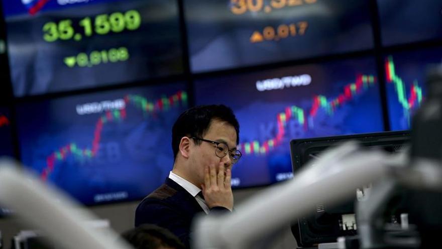 Seúl abre con una subida del 0,06 por ciento hasta las 1.981,67 unidades