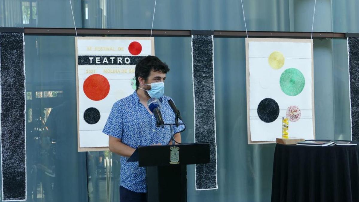 El ganador de la primera edición del premio de textos teatrales Juan José Ferrando, Antonio Oliveira