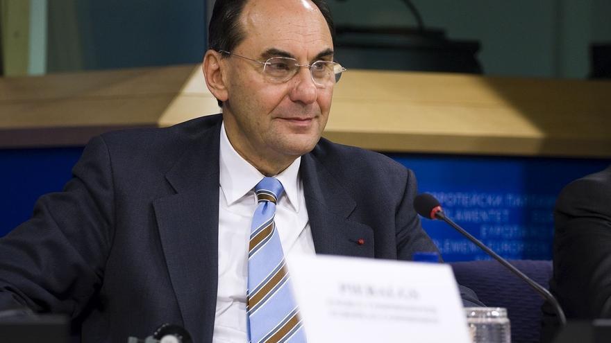 """Vidal-Quadras pide a Cospedal durante su visita a Bruselas más debate interno para evitar la """"agitación interna"""""""