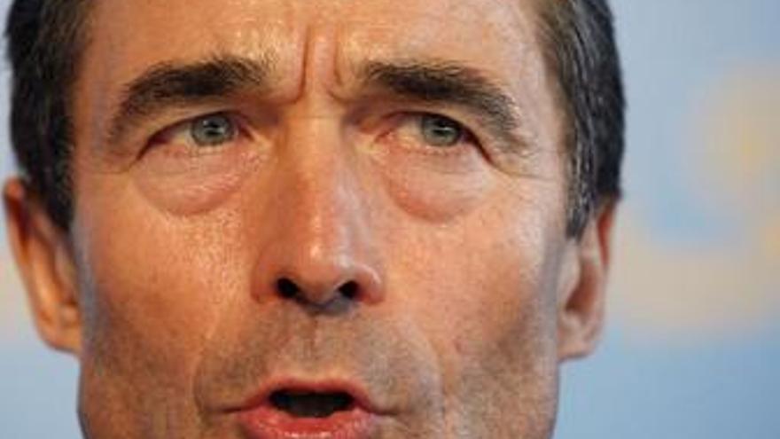 Rasmussen pide más recursos humanos y financieros para entrenar a las fuerzas afganas