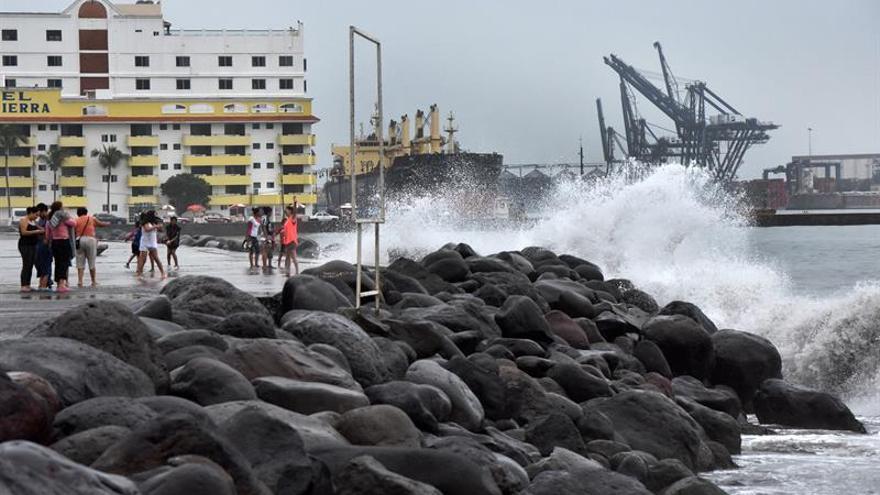 El huracán Gert avanza hacia aguas abiertas del Atlántico y puede fortalecerse