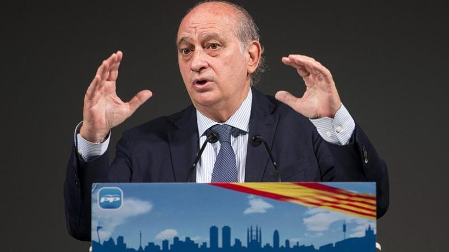 El fiscal se opone a la querella del Partit Demócrata Catalá contra Fernández-Díaz