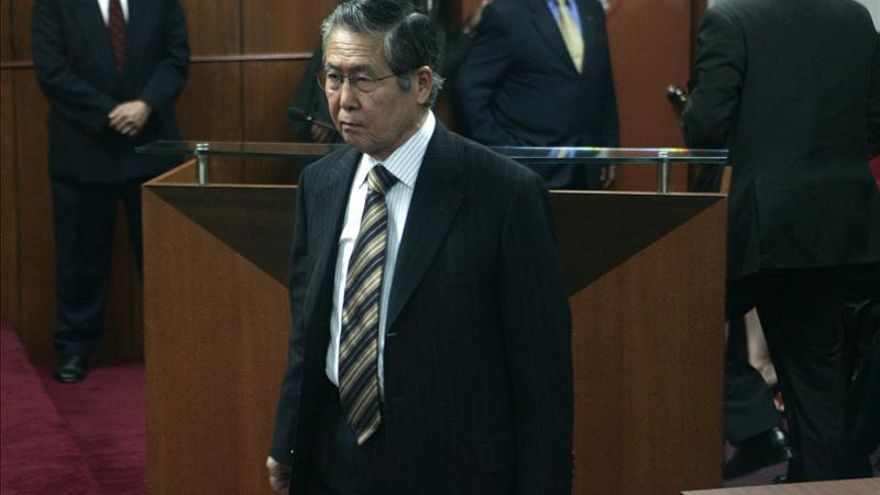 Un vídeo muestra a Fujimori supervisando a funcionarios en la prisión de Lima