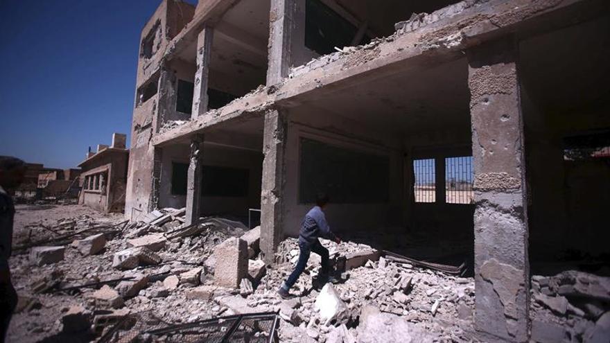 Al menos 10 muertos en bombardeos contra barrios opositores de Alepo, en Siria