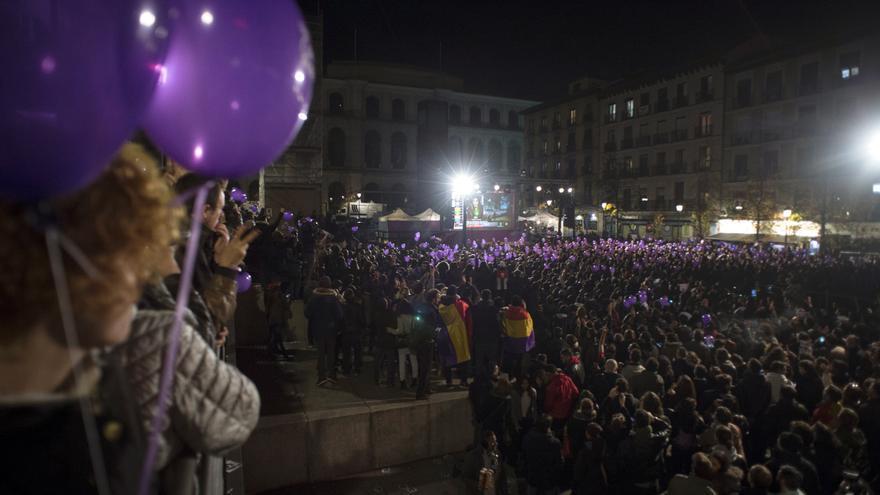 La plaza del Reina Sofía en la noche del 20D.