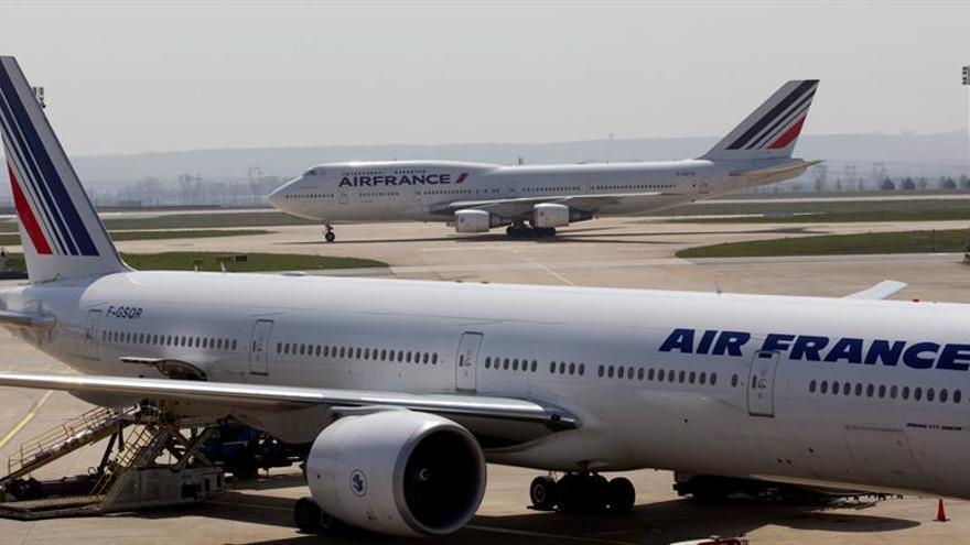 La compañía Air France anulará mañana un 20 por ciento de sus vuelos por la huelga