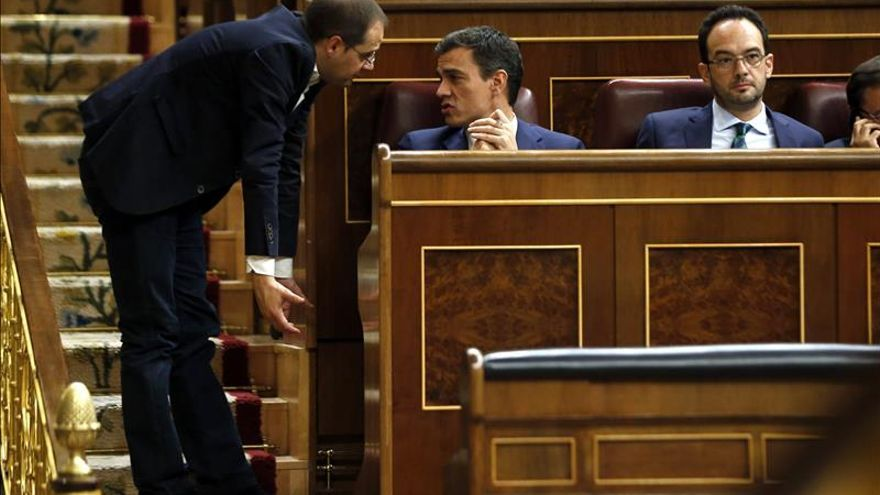 """Luena sostiene que un PP """"gangrenado por la corrupción"""" no puede regenerar la democracia"""