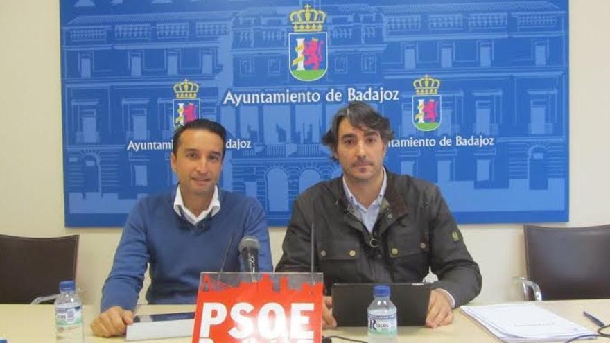 Rueda de prensa de Ricado Cabezas y el concejal socialista Luis Tirado Vasco / PSOE