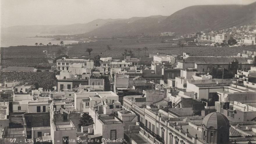alto asunto besando en Las Palmas de Gran Canaria