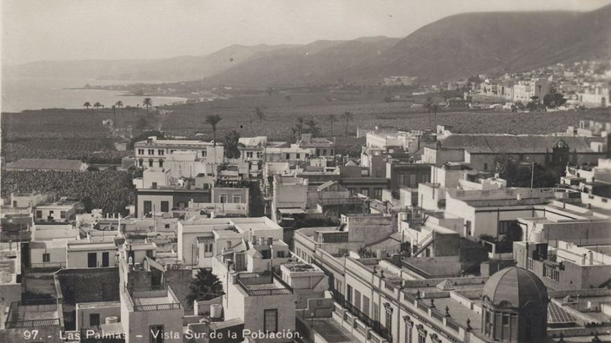 Vegueta y Vega de San José vistas desde lo alto de la catedral, 1925. (Herrmann Kurt)