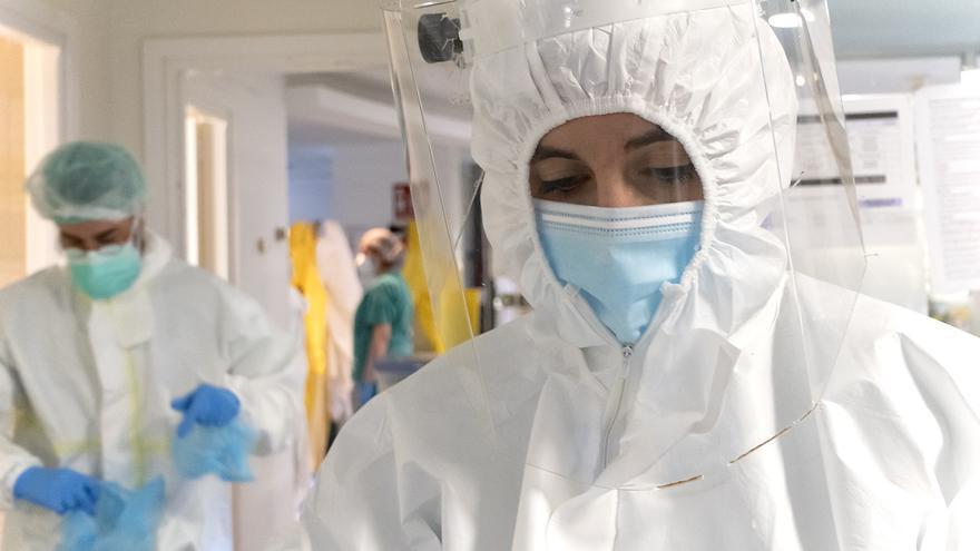 Tenerife notifica 45 nuevos brotes de COVID en la última semana con 296 afectados