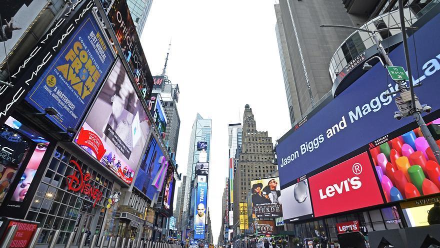 La epidemia de coronavirus vacía Times Square, en Nueva York (EEUU)