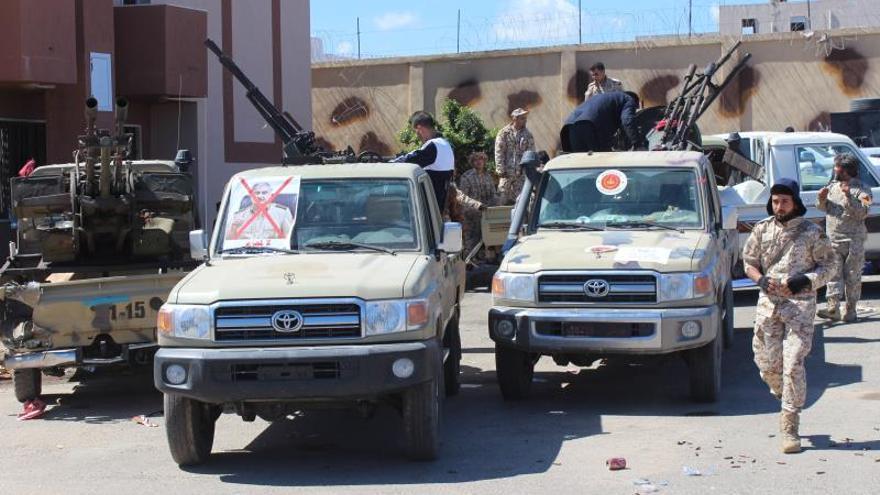 Libia se encuentra al borde de una nueva guerra civil por el enfrentamiento de las milicias leales a Jalifa Haftar contra las que defienden al Gobierno de Trípoli, respaldado por la ONU.