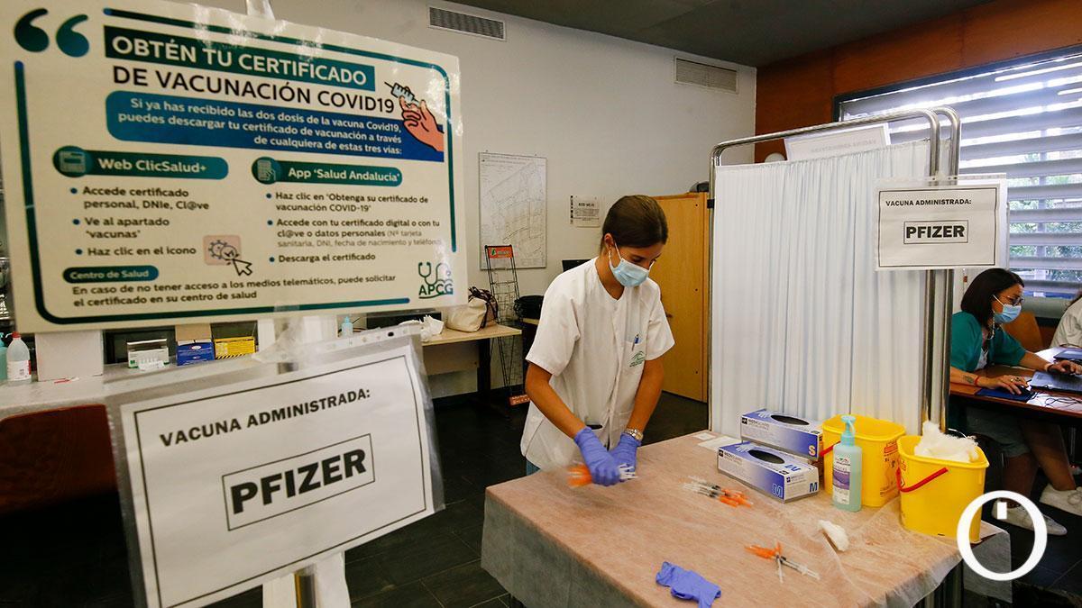 Vacunación contra la covid-19 en el Centro Cívico Norte