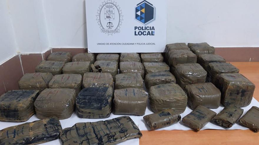 Fardos de hachís encontrados en Güímar
