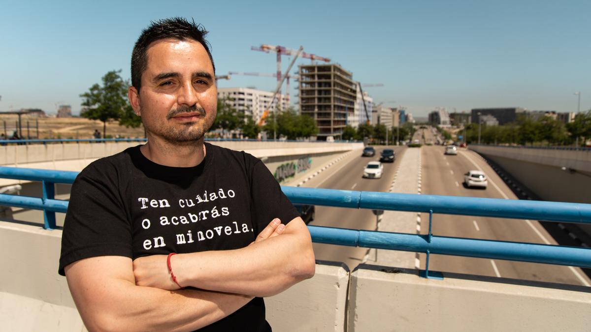 Jorge Dioni, autor de La España de las Piscinas