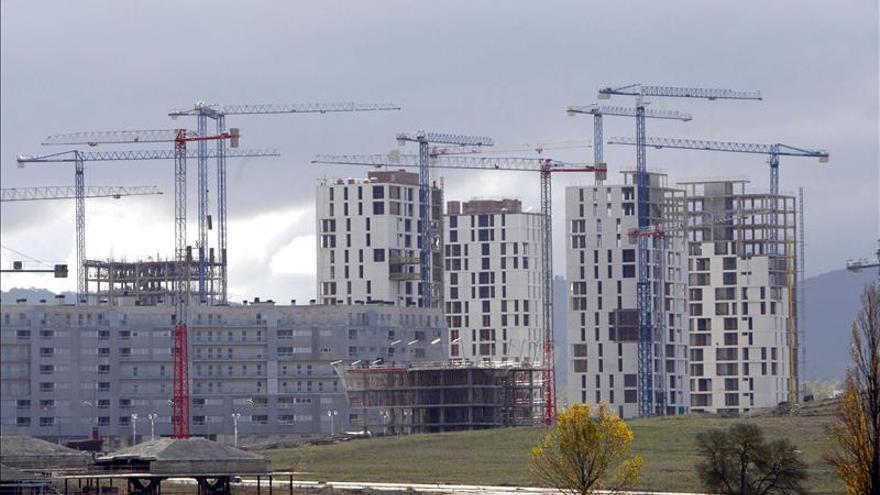 La firma de hipotecas cae el 34 por ciento hasta marzo y suma 35 meses de descensos