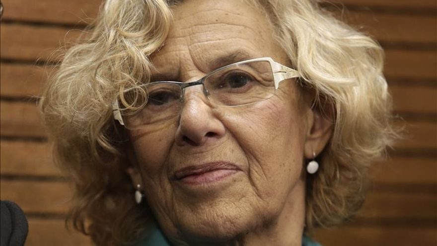 Carmena quiere que los universitarios ayuden a barrer Madrid