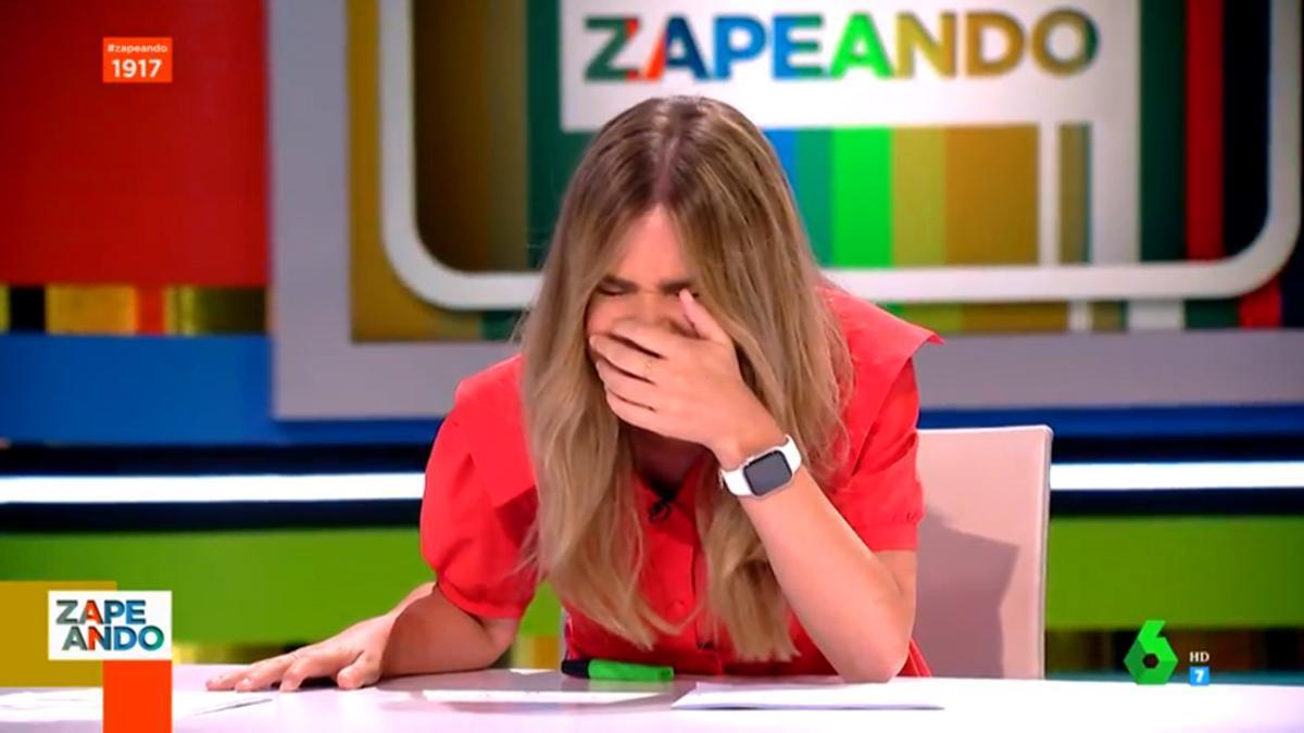 María Gómez, en pleno ataque de risa en 'Zapeando'