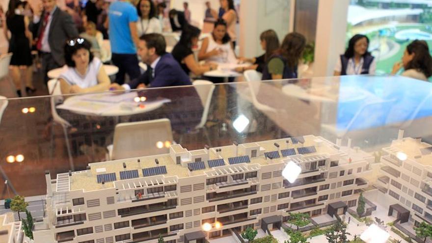 La compra de viviendas subió el 14,6 % en 2017 y sumó cuatro años en positivo