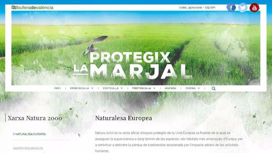 Las páginas interiores cuentan con imágenes de los distintos ecosistemas del espacio natural