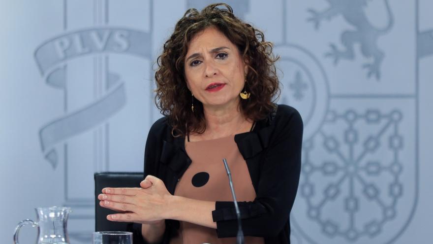 La ministra de Hacienda y portavoz del Gobierno, María JesúsMontero, durante su intervención en la rueda de prensa posterior a la reunión semanal delConsejode ministros, este martes en Moncloa.