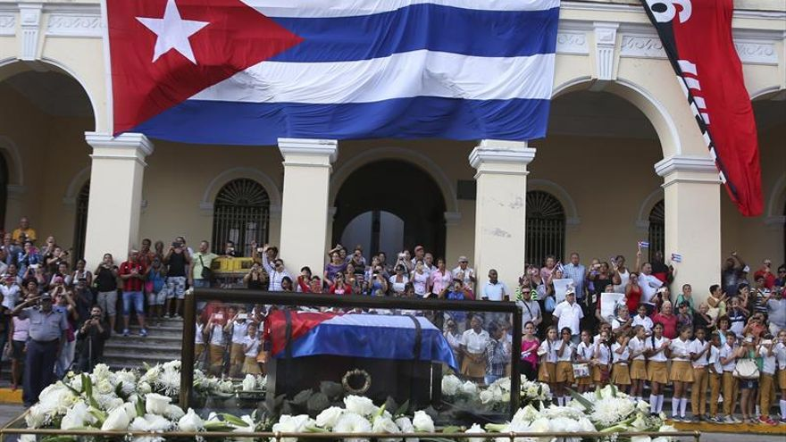 Las cenizas de Fidel Castro devuelven el interior de Cuba al pasado