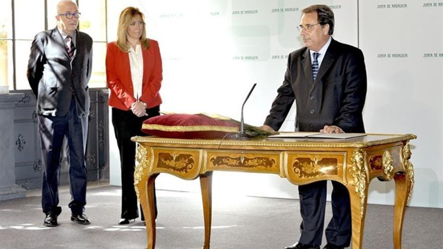 Eugenio Domínguez, tomando posesión de su cargo el 17 de diciembre de 2013 en el Palacio de San Telmo